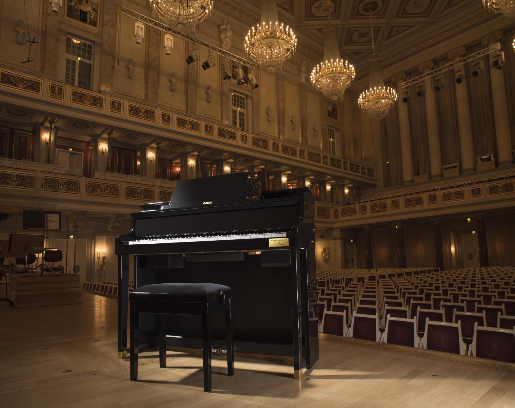 Đàn Piano Casio GP-300 BK là dòng Cleviano Grand Hybrid là sự kết hợp hoàn hảo của Piano hiện đại và truyền thống với bộ máy hoàn toàn điểu kiển bằng cơ học