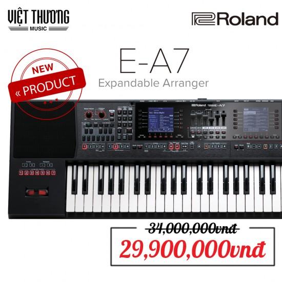 Đàn Organ Roland E-A7 là dòng mới nhất với 2 màn hình LCD, 156 nút chuyên dụng, 1.500 âm sắc, 600 điệu đệm và chỉ nặng 7,9kg, bộ nhớ 128 Mb lưu trữ tới 512 Sample